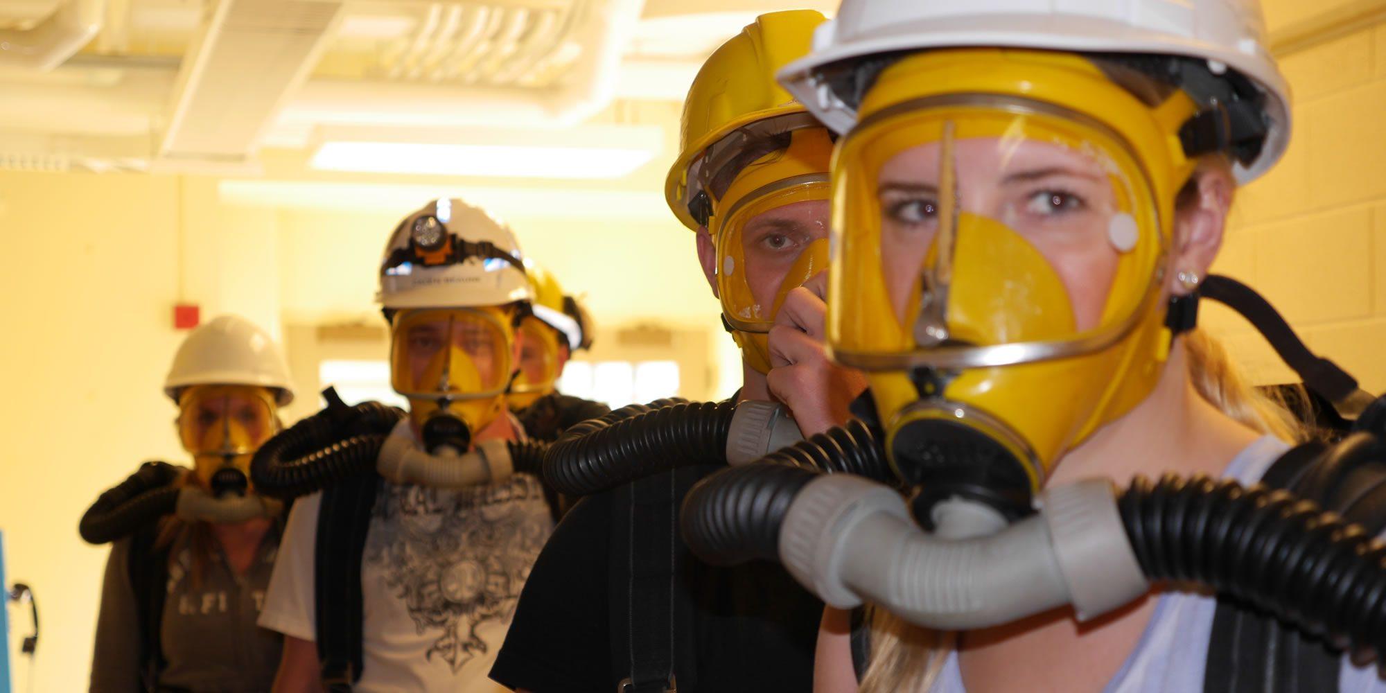 Queen's mining engineering students